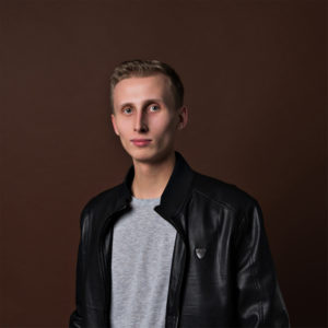 DJ DEN